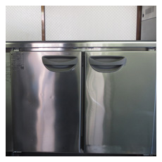 コールドテーブル(ヨコ型冷凍冷蔵庫)